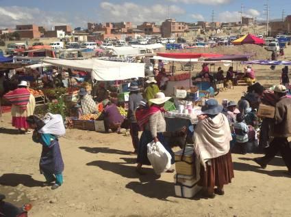 Street market in El Alto, Bolivia. Photo by Leslie Dewees