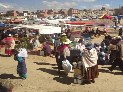 Street market in El Alto, Bolivia. Photo by Leslie Dewees